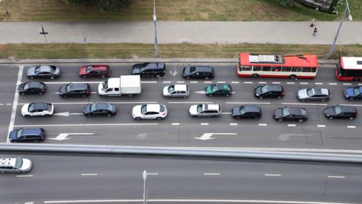 Spalį naujų lengvųjų automobilių registravimas išaugo 38,9 proc.