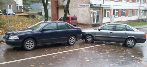 Įvyko smulkus eismo įvykis – kaip išvengti daugiau bėdų?