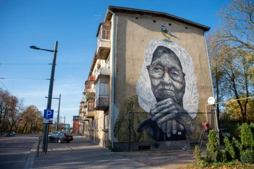 Naujas gatvės meno kūrinys Kaune neša ypatingą žinutę