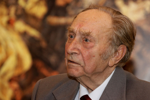 Mirė istorikas profesorius M. Jučas