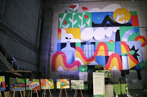 """""""Toksika"""": naujo etapo pradžią simbolizuoja milžiniškas paveikslas (vaizdo įrašas)"""