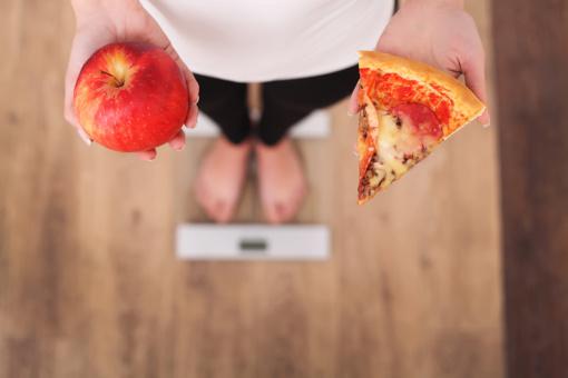 Įprotis daug valgyti niekur nedingo