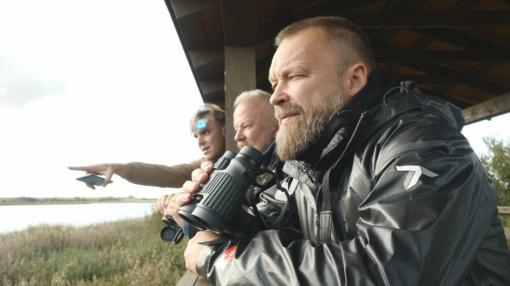 Paukščius stebėję M. Starkus ir V. Radzevičius: apima azartas – visai kaip žvejyboje