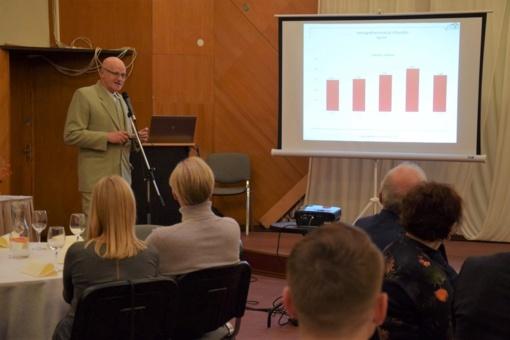 Pirmasis verslo forumas Vilkaviškyje: aptartos verslo plėtros galimybės ir pagerbti rajono verslininkai