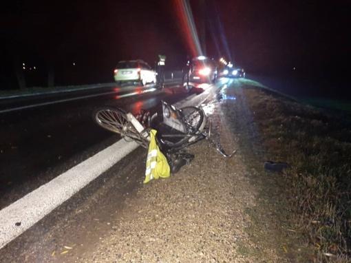 Žuvo Šiaulių r. partrenktas dviratininkas (papildyta)
