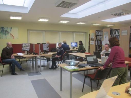 Skaitmeninio raštingumo mokymai bibliotekose: sužinoti, išbandyti, suprasti