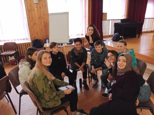 Tolerancijos diena progimnazijoje su studentais iš 10 skirtingų šalių