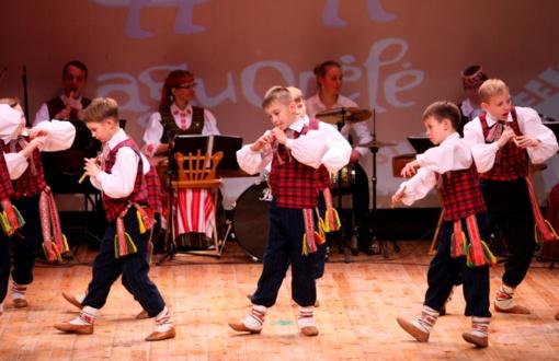 Didžiausiame vaikų liaudiškų šokių konkurse varžysis trys tūkstančiai dalyvių