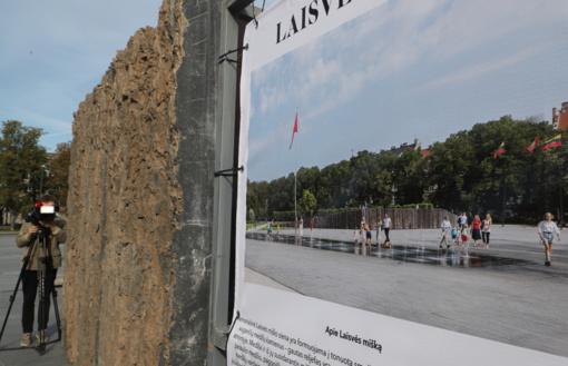 """Teismas atmetė """"Vyčio"""" memorialo kūrėjų skundą dėl Lukiškių aikštės memorialo"""
