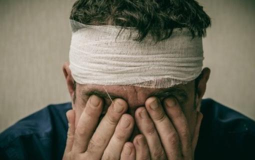 Dėl nesėkmingos interneto  pažinties nukentėjusio vyro  policijos pareigūnai bėdoje nepaliko