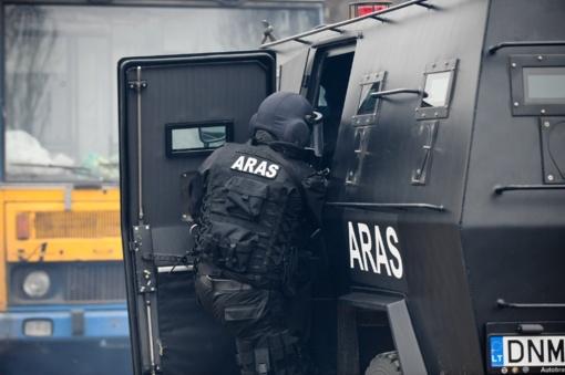 Šūviai Birbiliškės kaime – nušautas policijos pareigūnas, šaudęs vyras paspruko