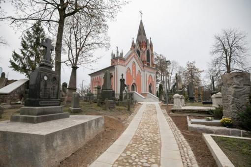 Atsinaujinančios istorinės Rasų kapinės pasiruošusios priimti Sukilimo vadus