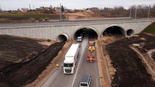 Oficialu: Amalių geležinkelio pervažą pakeitė naujas tunelis
