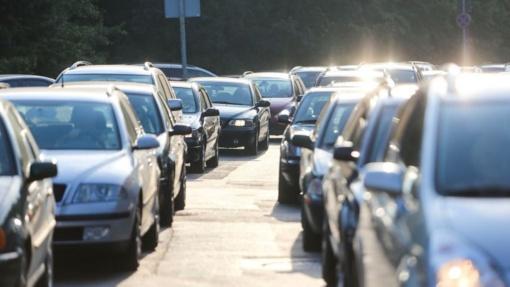 Vairuotojų civilinės atsakomybės draudimas – dvigubai brangesnis