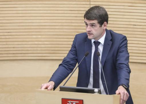"""R. Žemaitaitis: po 2020 m. rinkimų """"valstiečiai"""" gali sutilpti į vieną Seimo liftą"""