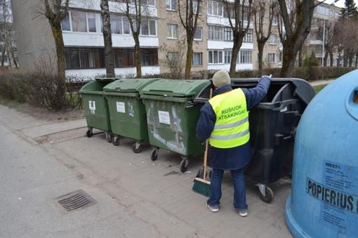 Aikštelių prižiūrėtojai – ne svetimų atliekų tvarkytojai, o patarėjai