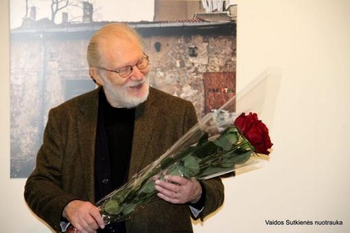 """Juozo Budraičio fotografijų paroda """"Sienos ir žmonės"""" – Kelmėje"""