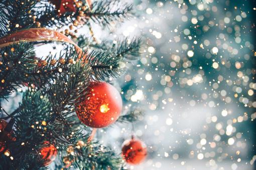 Tyrimas: lietuviai kalėdinėms dovanoms išleis panašiai kiek pernai, dalis tautiečių – skolinsis
