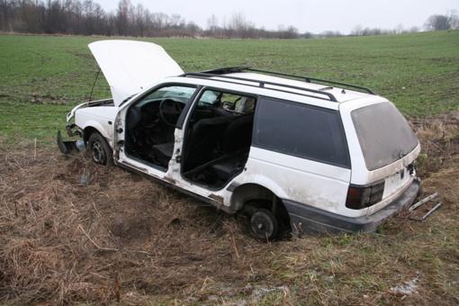 BMW sudegė visiškai
