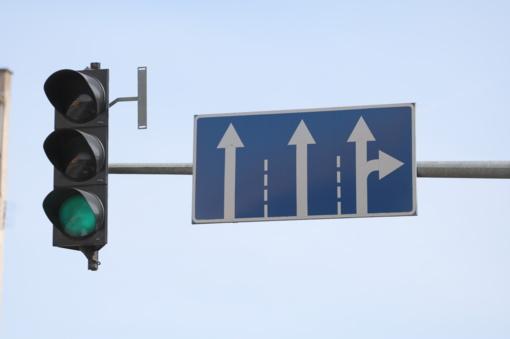 Neveiks šviesoforas Vilniaus-Žemaitės gatvių sankryžoje