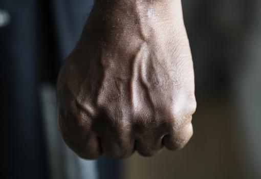 Pakruojyje vyras smurtavo prieš sugyventinę