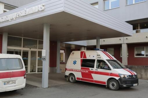 Ugniagesiai gelbėjo ligonius