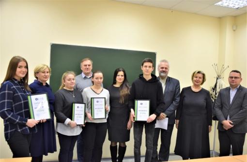 Studentai tikrinosi žinias matematikos konkurse