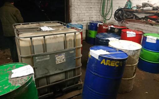 Garaže Jonavoje rastos tonos dyzelinio kuro