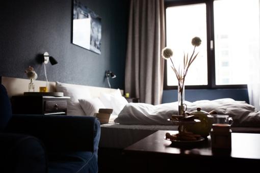 Tyrimas atskleidė, ką turistai dažniausiai vagia iš Europos viešbučių