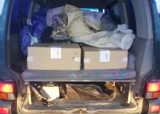 Teisės vairuoti neturėjęs vilnietis mikroautobusu gabeno kontrabandą