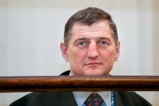 Teismas atmetė iki gyvos galvos nuteisto H. Daktaro prašymą skirti terminuotą bausmę