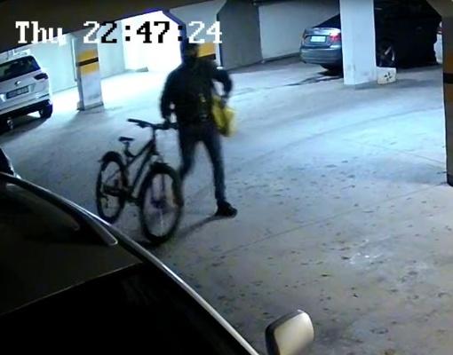 Kauno policija aiškinasi, kas pasisavino svetimus dviračius