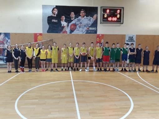 Širvintų Lauryno Stuokos-Gucevičiaus gimnazijos vaikinai – krepšinio 3x3 varžybų nugalėtojai