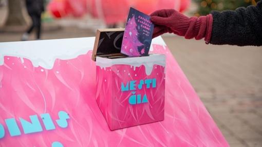Kosminis Kalėdų paštas įsibėgėja: sveikinimai iš Kauno keliauja per pasaulį