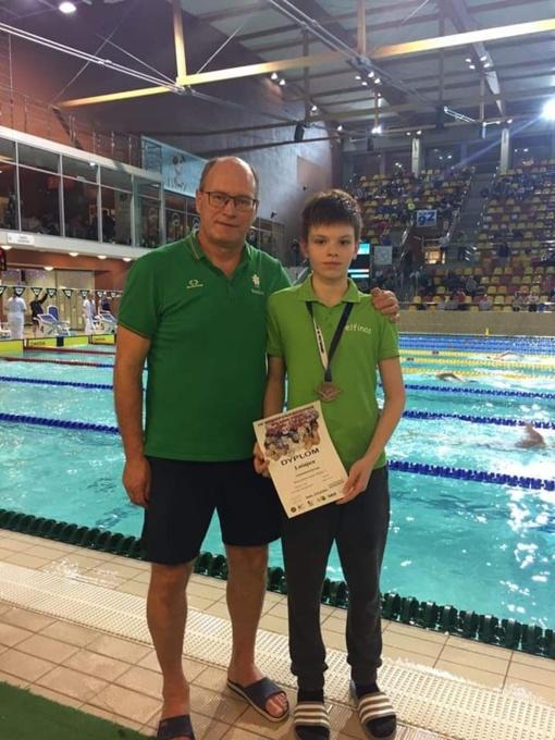 Lenkijoje plaukikas iškovojo medalį