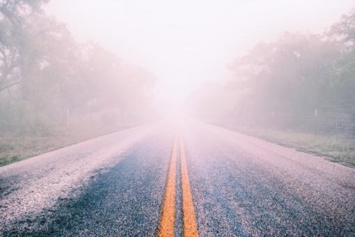 Naktį eismo sąlygas sunkins tvyrantis rūkas