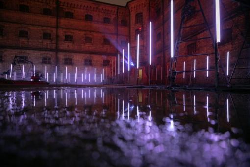 Alternatyvios šviesų Kalėdos – buvusio Lukiškių kalėjimo kieme