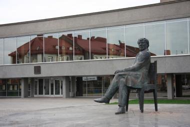 Panevėžio J. Miltinio teatrui vadovauti siekia du kandidatai