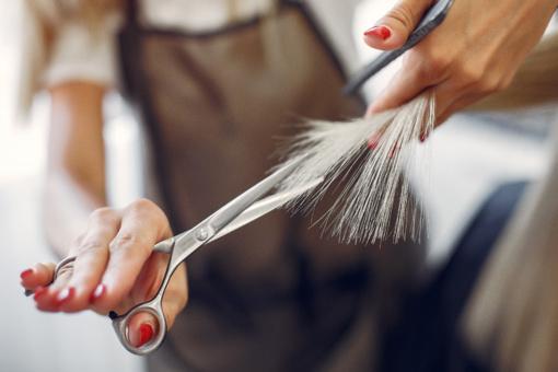 Kada kirpti plaukus?