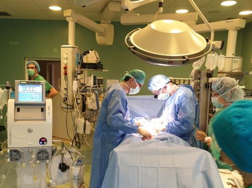 Kauno klinikų medikai pirmą kartą Lietuvoje atliko chemoterapiją izoliuotoje galūnėje
