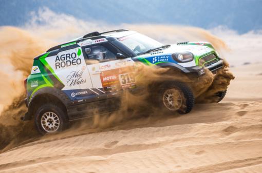 Ketvirtasis Dakaro etapas: akmenys draskė lietuvių padangas