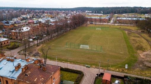 Dešimtmečius kariškiams tarnavęs stadionas po renovacijos atviras visiems kauniečiams