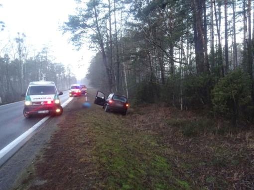 Tragiška avarija: pablogėjus sveikatai žuvo vairuotojas