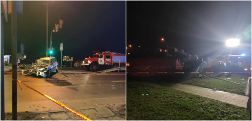 Radviliškyje apvirto pavojingas trąšas gabenęs sunkvežimis, nukentėjo vairuotojai (vaizdo įrašas)