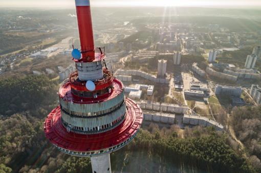 Sklandesniam eismo stebėjimui ir valdymui – kameros ant Vilniaus televizijos bokšto (vaizdo įrašas)