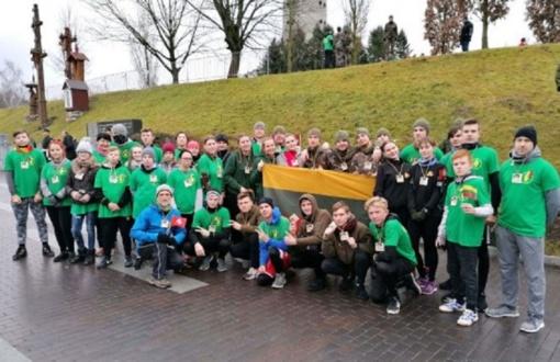 Baisogalos gimnazijos šauliai pagerbė Lietuvos laisvės gynėjus