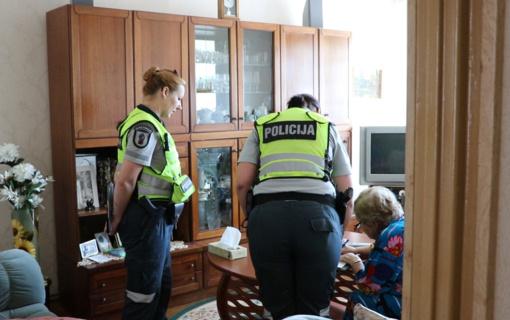 """Policija sulaikė apsišaukėlį """"skaitiklių tikrintoją"""""""