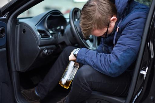 """Šilalės rajone sulaikytas neblaivus """"Audi"""" vairuotojas"""