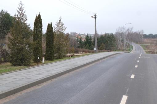Vilniaus rajono gyventojai džiaugiasi naujai asfaltuotais keliais