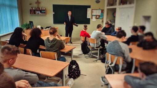 Socialinės gerovės centras pradėjo vykdyti seminarų ciklą